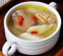 仔雞比老母雞燉湯更適宜產婦