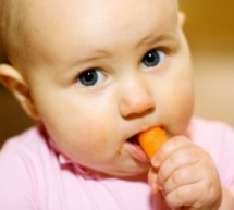 9個壞習慣妨礙寶寶健康吃飯