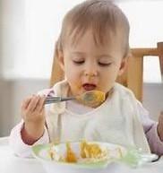 健康喂養寶寶的關鍵期–12個月