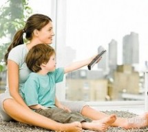教媽媽3招輕鬆應對 寶寶愛看電視