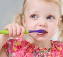 壞習慣傷害寶寶的乳牙