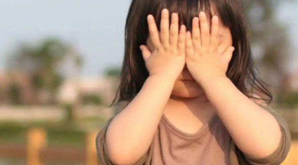 寶寶內向、愛哭、不愛分享?高情商的父母這么做